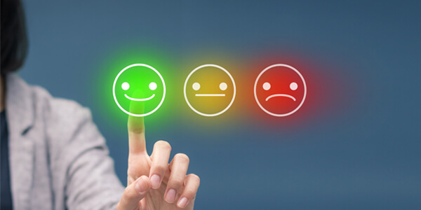 Use Live Chat plugins to keep your customer satisfaction